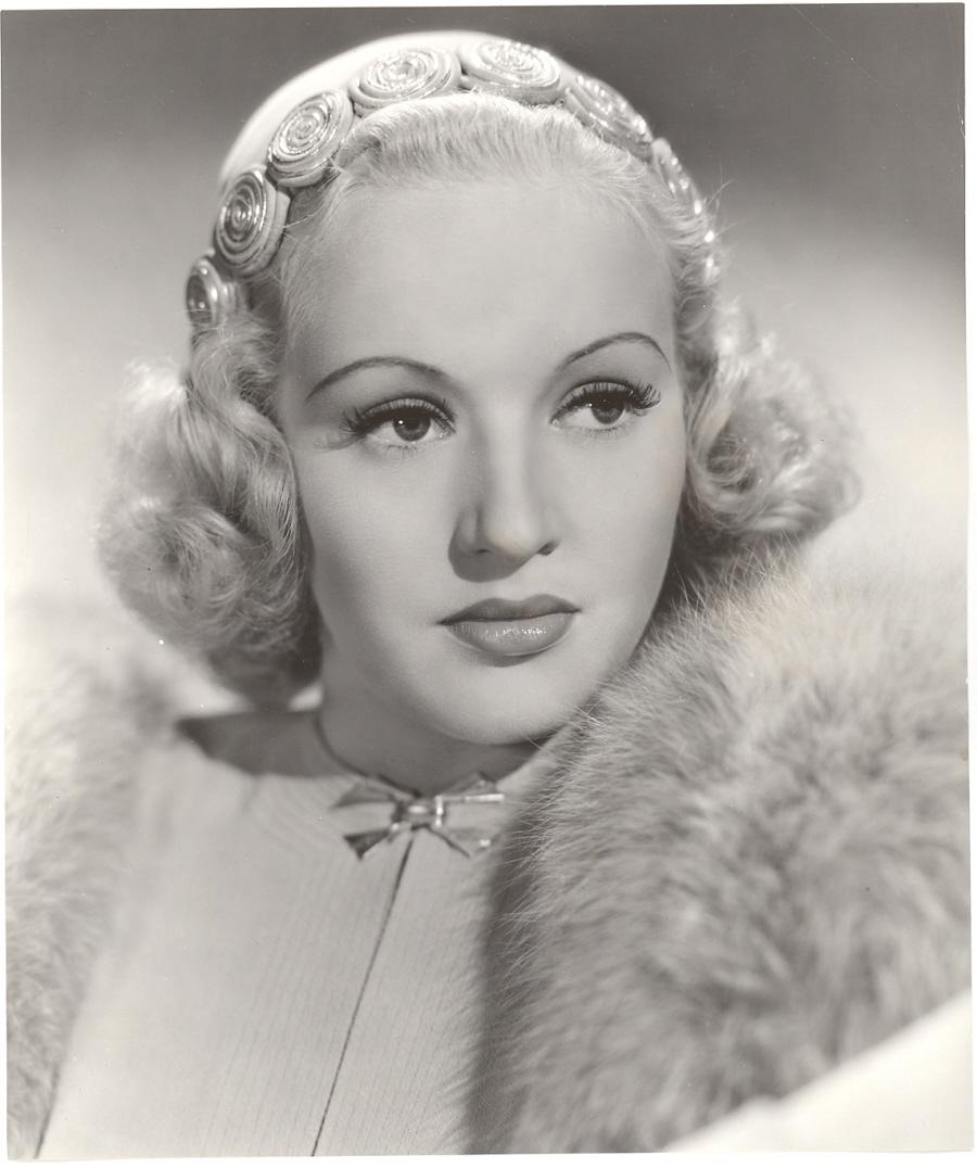 Vintage Clothing Love: Happy Birthday Betty Grable