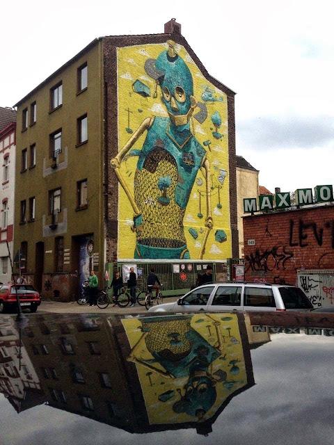 "Italian Street Artist Pixel Pancho Paints ""Rusted Ideas"" Mural In Dusseldorf, Germany. 2"