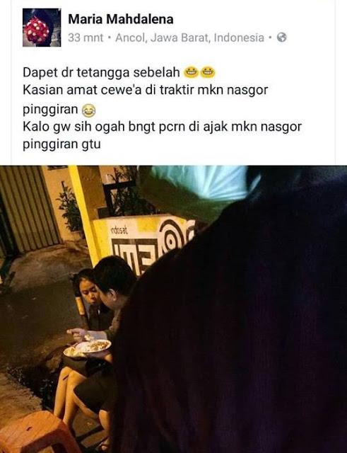 Cewek Ini Ejek Pasangan yang Makan Nasgor di Pinggir Jalan, Netizen Greget!