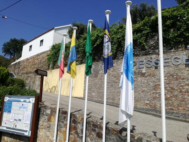 Bandeira da Praia de Pessegueiro