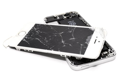 Try Revamp's We Buy Cracked Phone Section and Buy Your Phone