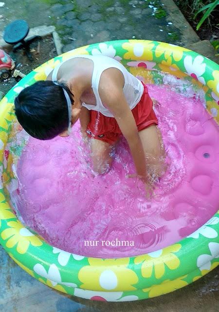 bermain air