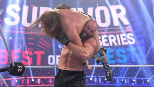По слухам, Браун Строуман получил травму и пропадёт с шоу WWE