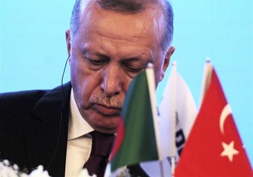 Ο «ιερός πόλεμος» του Ερντογάν