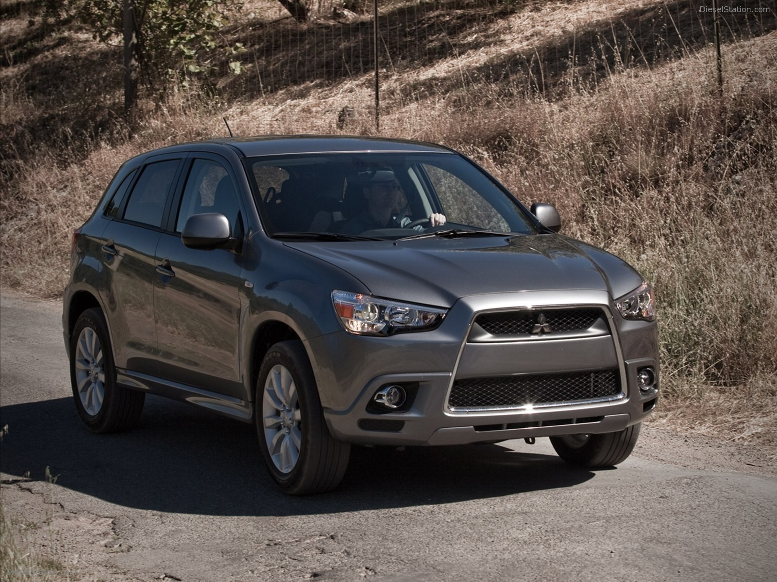 Mitsubishi Outlander Sport Cars Prices, Wallpaper, Specs Review
