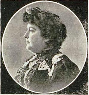 Carmen de Burgos en una fotogafría publicada en 1905