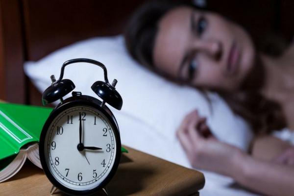 4 Cara Menghilangkan Insomnia Tanpa Harus Banyak Minum Obat