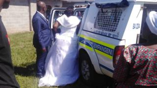 Coronavirus: Video: South African bride and groom arrested over lockdown wedding