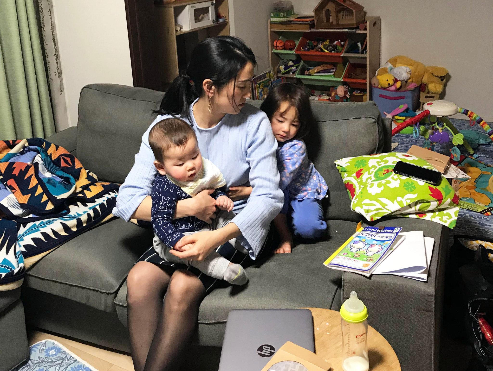 Chia sẻ kinh nghiệm chăm con nhỏ của bà Mẹ 4 con