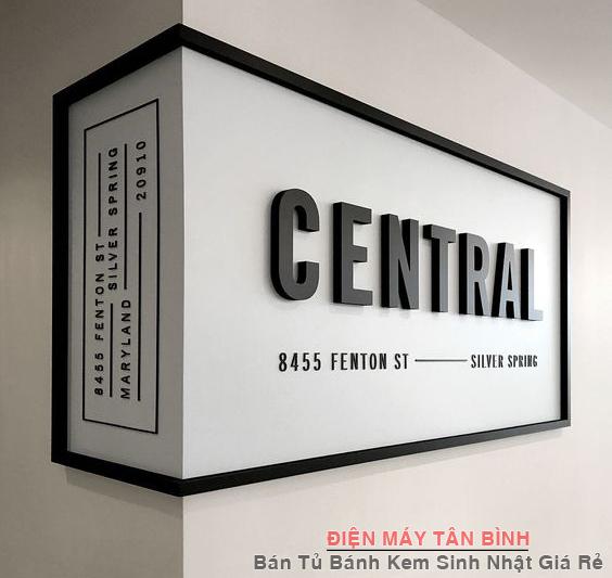 quảng cáo góc vuông trong nhà