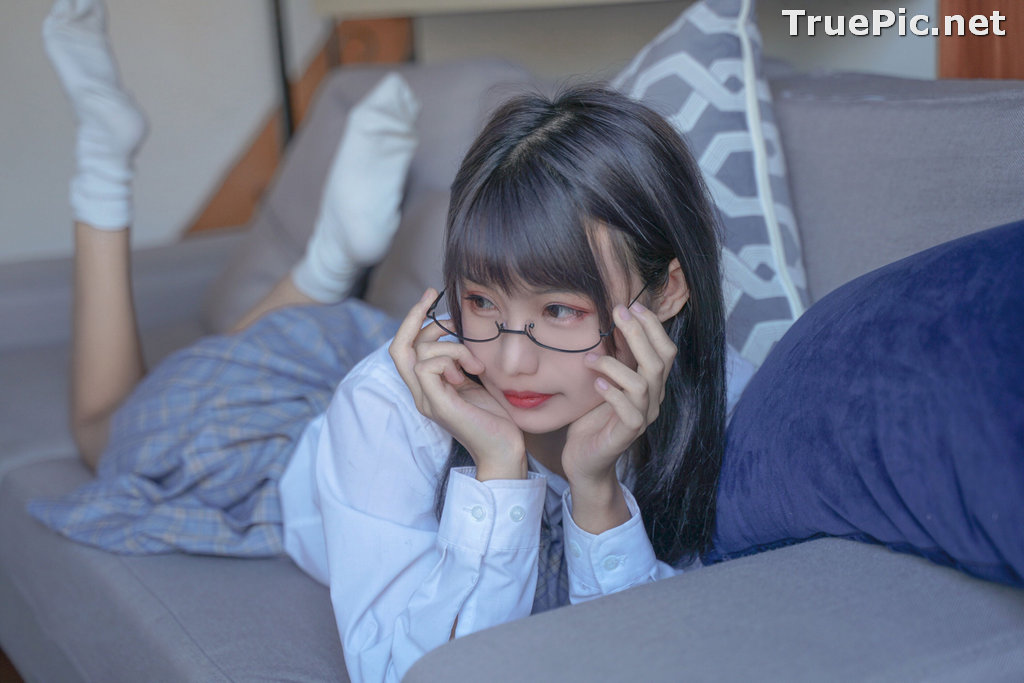 Image [MTCos] 喵糖映画 Vol.047 – Chinese Cute Model – Sexy Student Uniform - TruePic.net - Picture-27