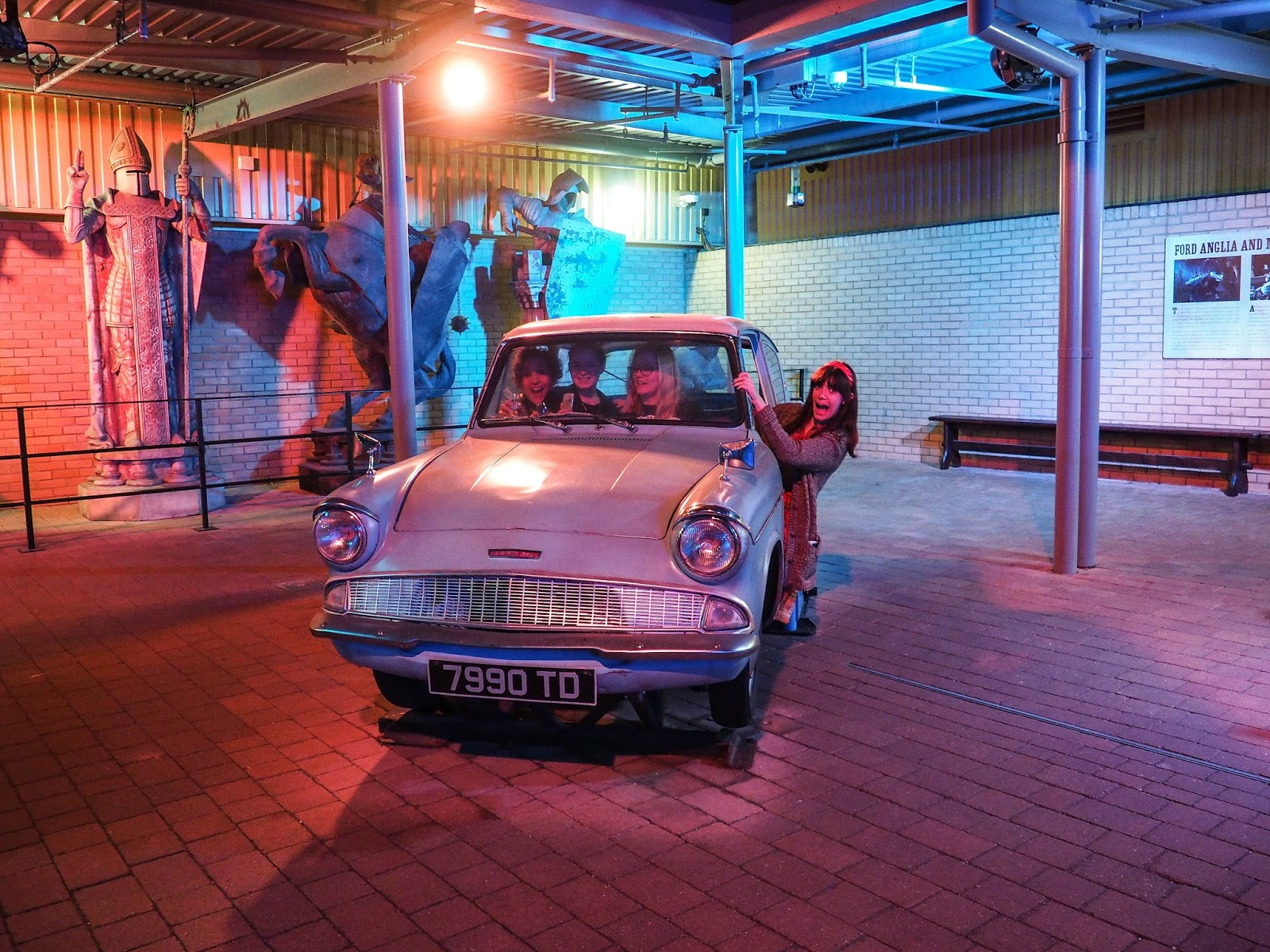 Ford Anglia at Harry Potter Warner Brothers Studio Tour
