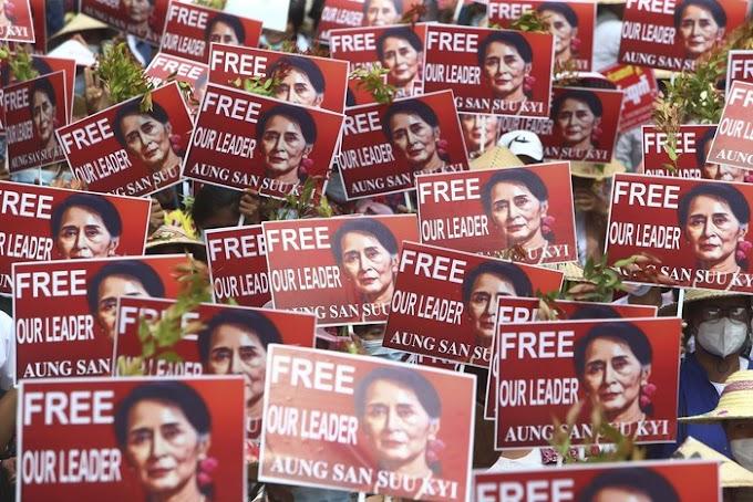 Facebook Akhirnya Menyekat Akaun Tentera Myanmar