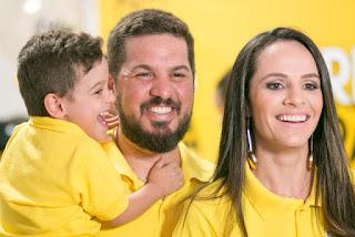 'Corrida do Arthur' arrecada recursos para cirurgia de criança com paralisia cerebral