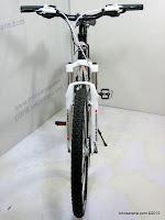 B 26 Inch Element Smart 4 HardTail Mountain Bike
