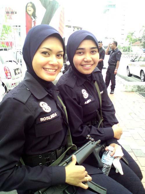 Malaysia Police Gaji