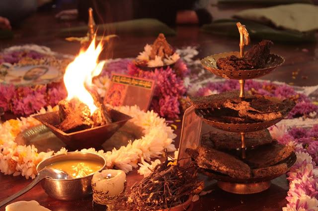 El Homa es una de las Prácticas de la Medicina Ayurveda, La madre de la medicina. Es una practica ancestral que te ayudara a conectarte con Tu Fuego interno para que limpies, purifiques y renueves tus energías.