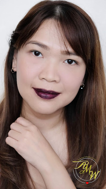 Askmewhats.com的Nikki Tiu在Play Matte Liquid Lip Colors Review上拍摄的玫琳凯的照片dota2雷竞技