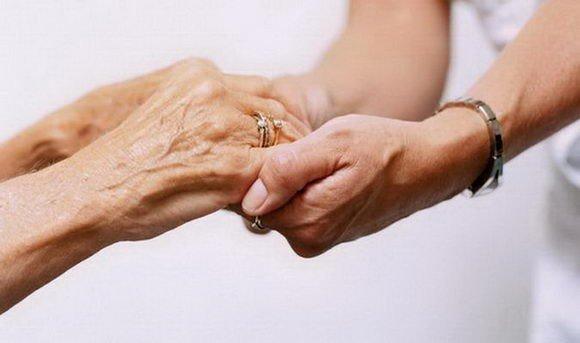 Άργος: Ζητείται κυρία για φύλαξη ηλικιωμένης