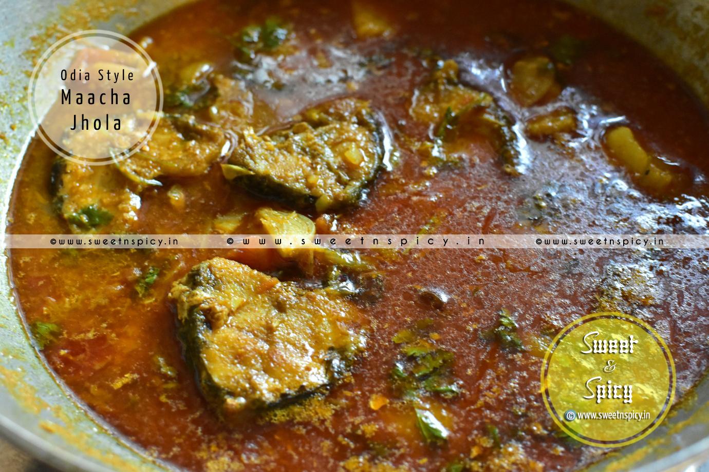 Odia Style Macha Jhola (Fish Curry)