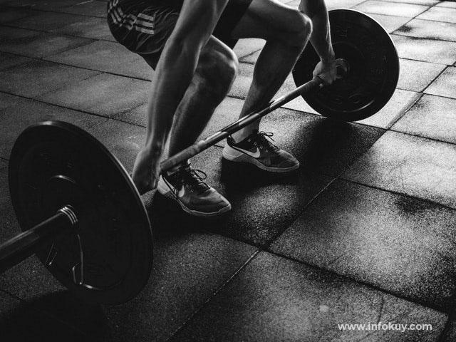cara diet dan menurunkan berat badan, Latihan beban