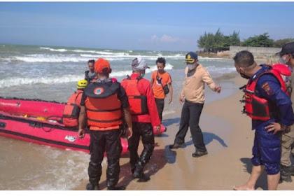 Seorang Santri Terseret Ombak Laut Utara Tuban,Saat Mencuci Jeroan Sapi Kurban