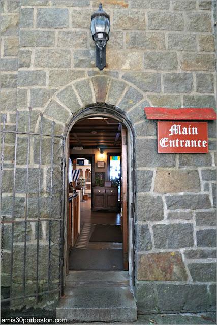 Entrada del Castillo Hammond, Gloucester