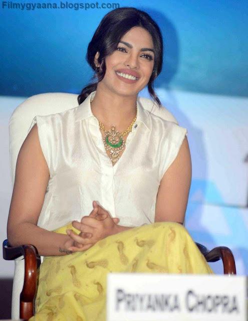 priyanka chopra in white top pic