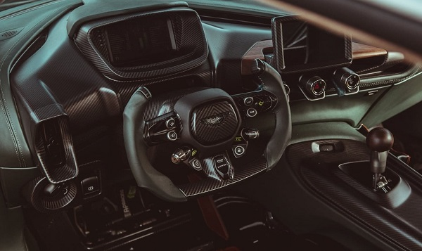 Interior Aston Martin Victor