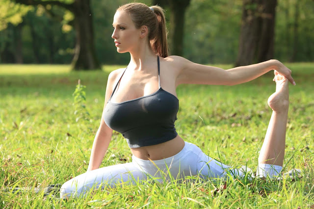 Jordan-Carver-Yoga-Hot-Sexy-HD-Photoshoot-Image-22