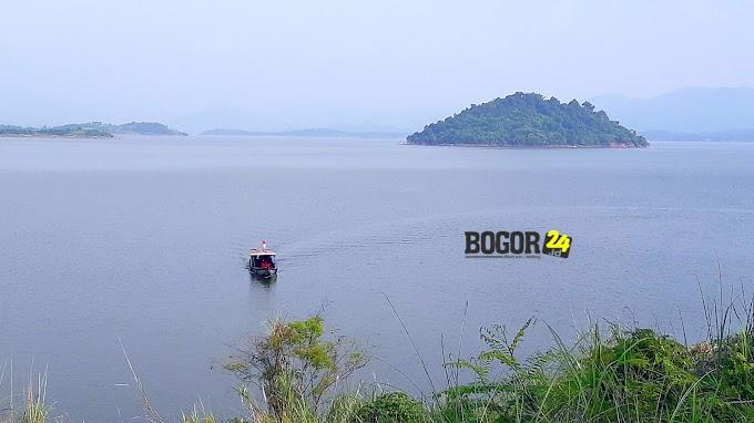 Berwisata ke Tanjung Duriat, Raja Ampatnya Sumedang