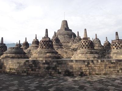 Teori Masuknya Agama dan Kebudayaan Hindu dan Budha ke Indonesia