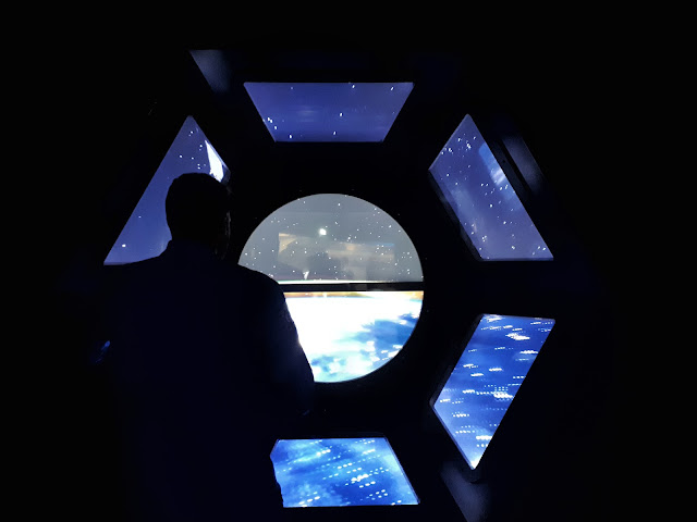 window on the world at Cite de l'espace in Toulouse