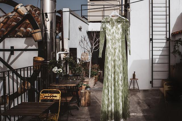 Vestido de novia verde Raquel Ferreiro - Blog Mi Boda