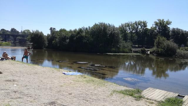Rio Cávado na praia de Soutelo