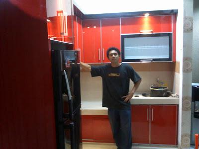 Gambar Kitchen Set Minimalis Elysium Lippo Cikarang