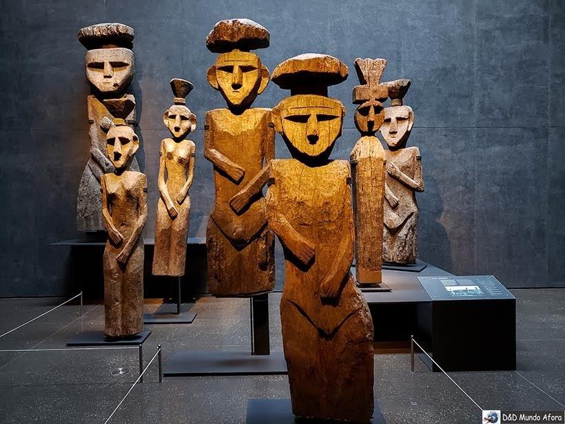 Esculturas do Museu Chileno de Arte Pré-colombiana em Santiago