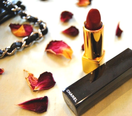 Chanel Rouge Allure 09 Lover