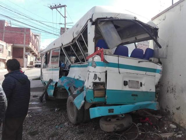 Sucre: Falla mecánica negligente causa múltiple colisión y deja dos niños gravemente heridos (ver fotos)