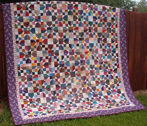 Oklahoma Backroads Quilt Free Pattern designed by Bonnie Hunter of Quilt Ville