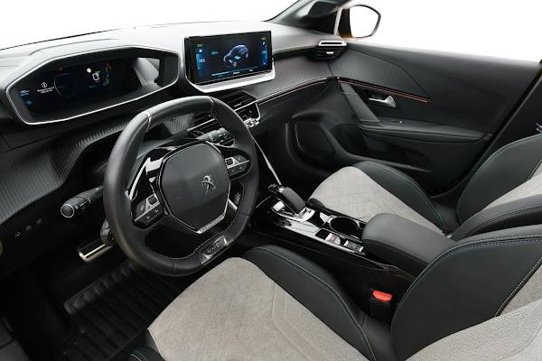 Novo Peugeot e-208 GT (Brasil) elétrico