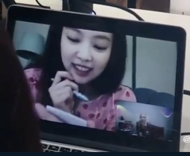 Knetz adore how cute BLACKPINK Jennie who give a surprise call at ROSÉ's online fansign.