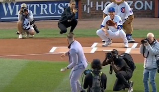 Conor McGregor throws wild first pitch at Chicago Cubs game 9/21/2021