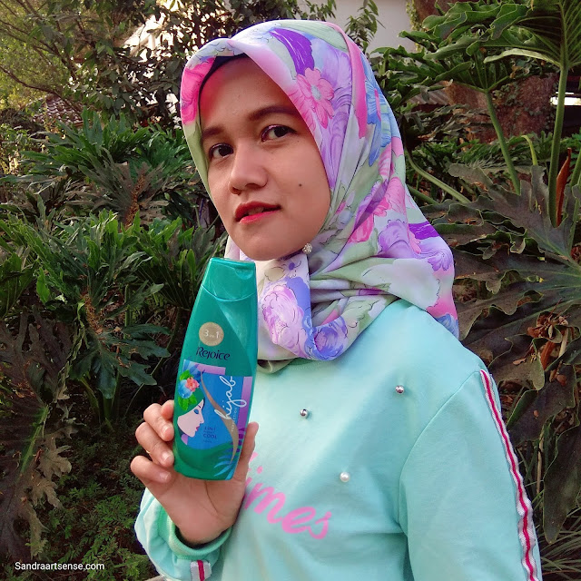 Review Rejoice 3in 1 Perfect Cool Shampoo