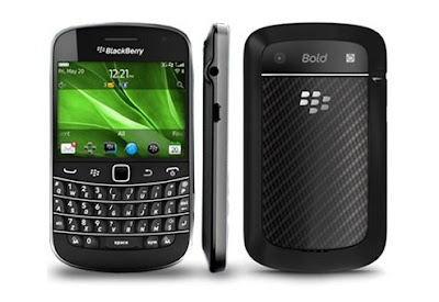 BlackBerry Bold Touch 9930 in black
