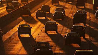 Tidak Untuk Ditiru ! Ini 5 Kebiasaan Buruk Pemilik Kendaraan Yang Perlu Dihindari