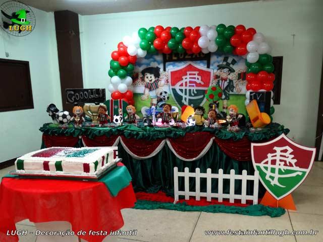 Decoração de mesa de aniversário infantil tema Fluminense