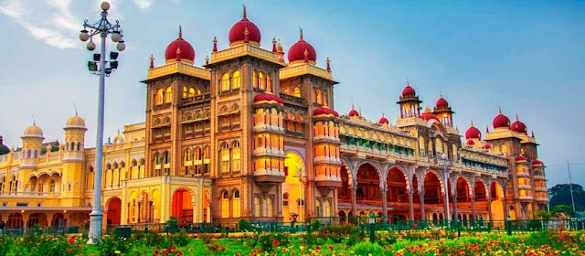 Amazing Top 5  Indian Palace  And Historic Palaces Of India