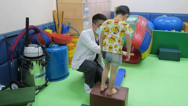 3歲只會說疊字「大隻雞慢啼」 早期療育遲緩兒進步快