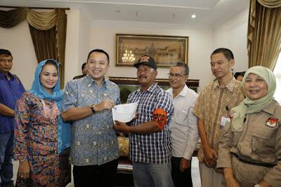 Komisioner KPU Lampung Lakukan Coklit di Rumah Dinas Gubernur M. Ridho Ficardo